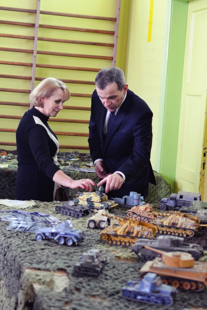 """Podsumowanie XI Międzyszkolnego Konkursu Modeli Redukcyjnych """"Ogniwko 2015"""""""