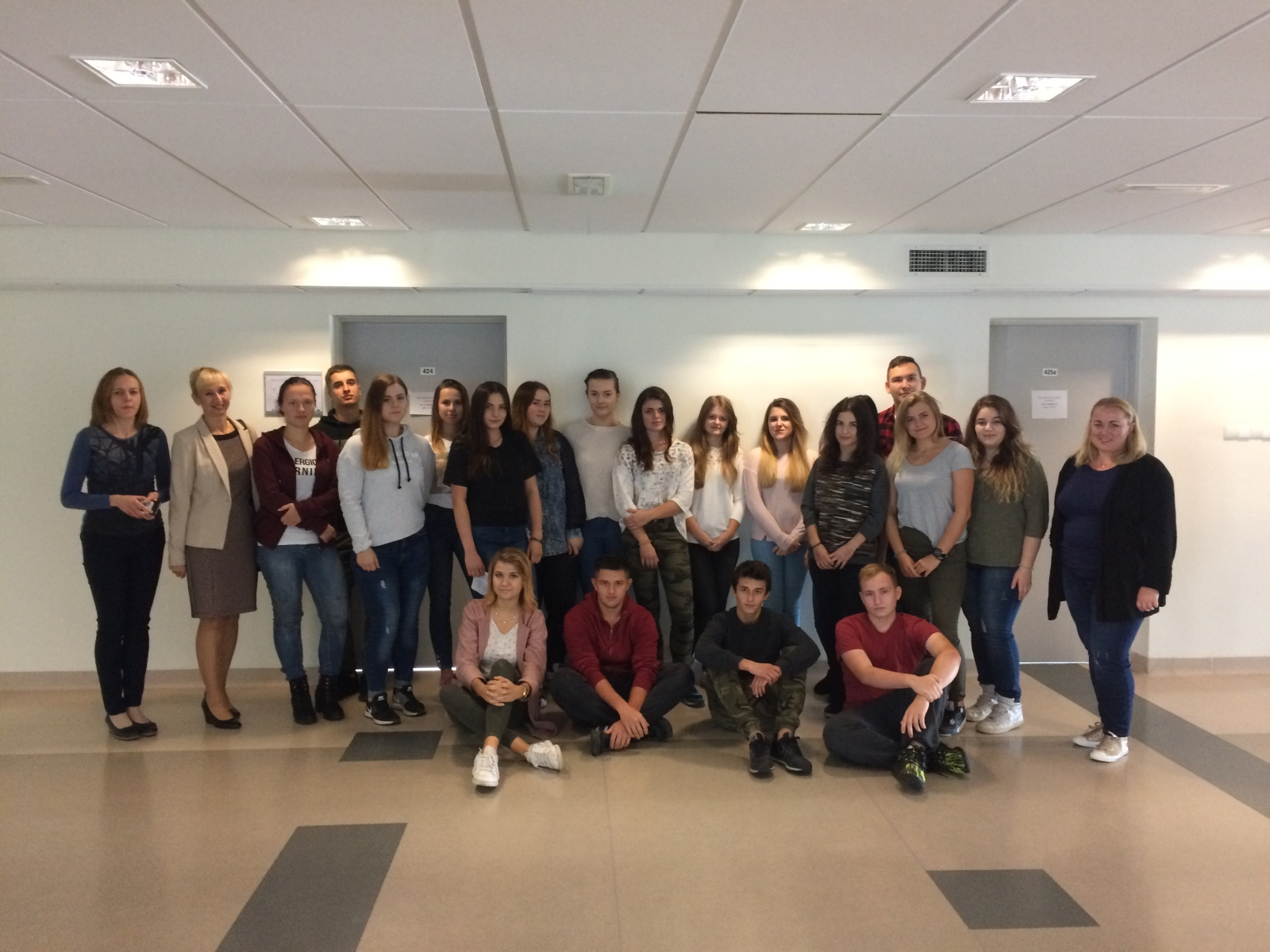 Uczniowie z klas gastronomicznych na Uniwersytecie Rzeszowskim