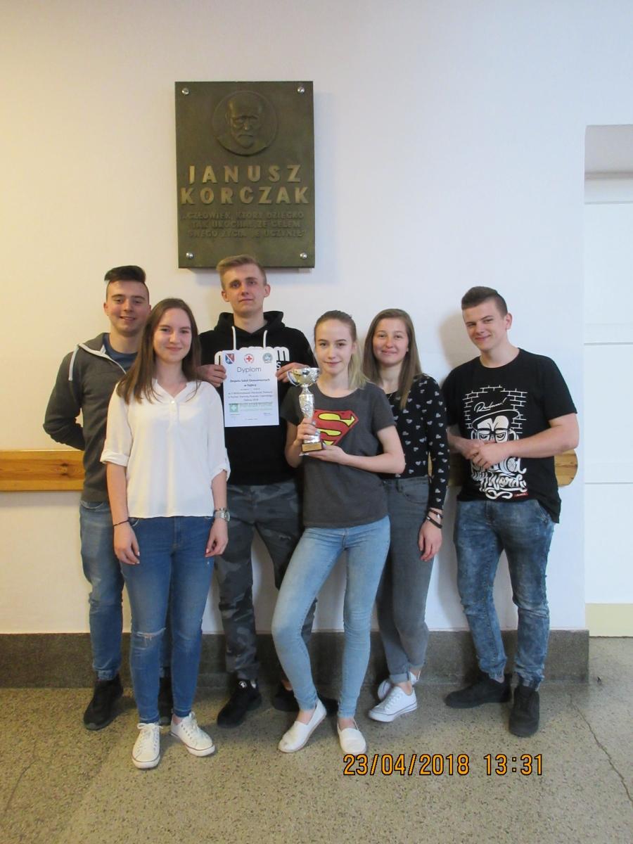 II miejsce drużyny Ekonomika na V Powiatowych Mistrzostwach Pierwszej Pomocy