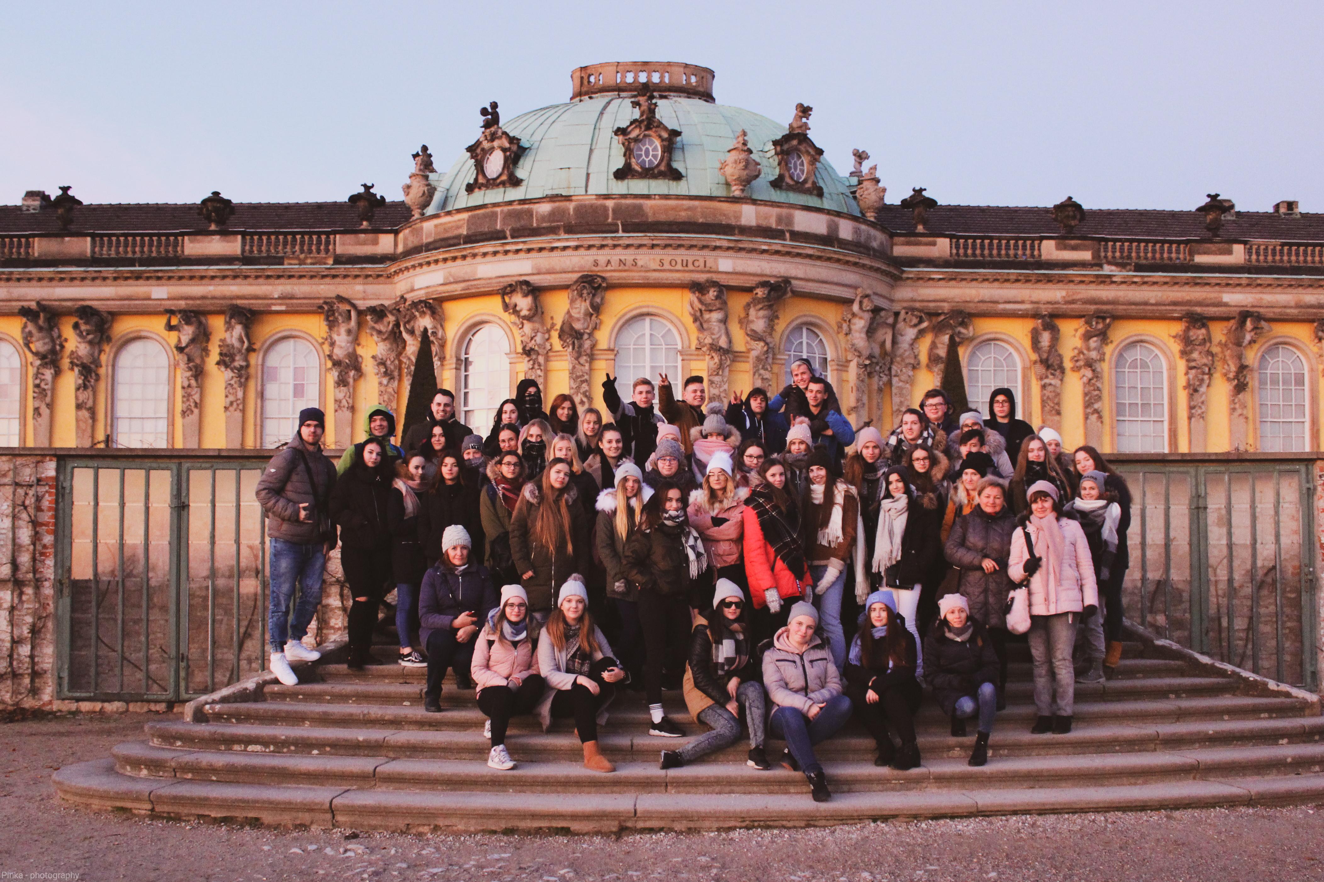 """Od Berlina po Hamburg – kolejna magiczna podróż młodzieży z """"Ekonomika"""""""